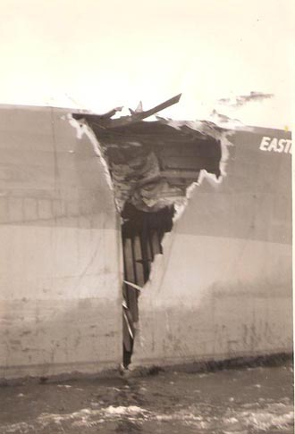 Damage on outside of No.1 hold